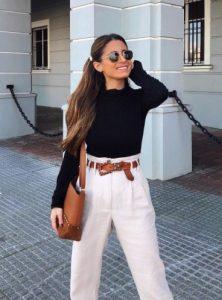 λευκό baggy παντελόνι, μαύρη μπλούζα