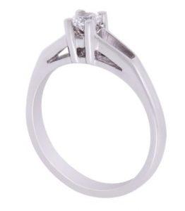 μονόπετρο δαχτυλίδι αρραβώνων