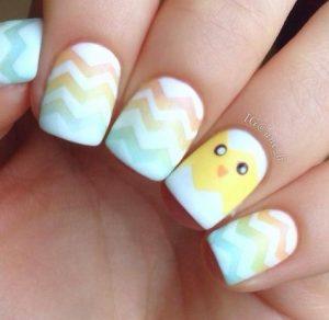 πολυχρωμα νυχια με κοτοπουλακι