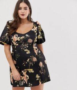 plus size floral φόρεμα