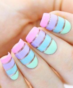 νυχια με ριγες