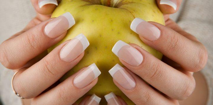 Πώς να κρατήσεις τα νύχια σου υγιή και δυνατά!