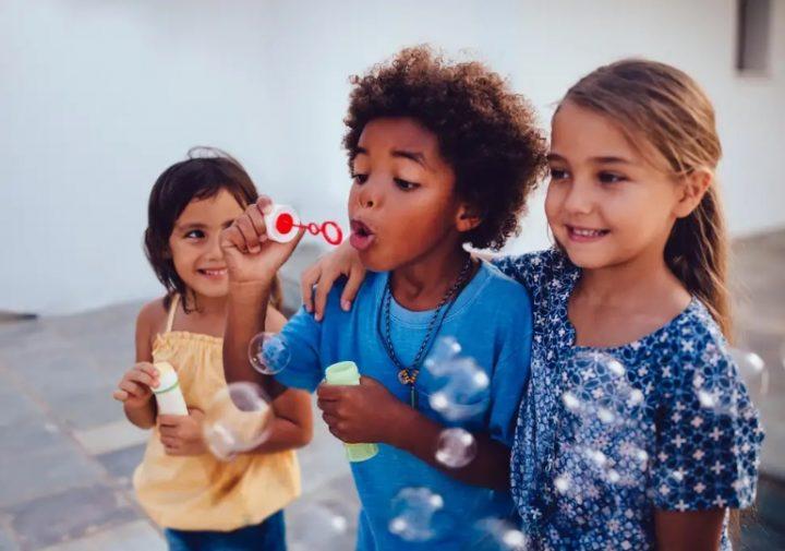 7 Ιδέες για οικονομικά δώρα για παιδιά!