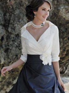 μπλε και ασπρο φορεμα μοντερνο για μαμα νυφης