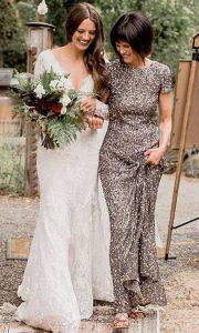γκρι λαμπερο φορεμα για μητερα της νυφης
