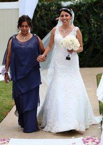 μπλε μακρι φορεμα με βολαν για μαμα