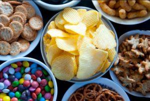 πατατάκια και σνακς