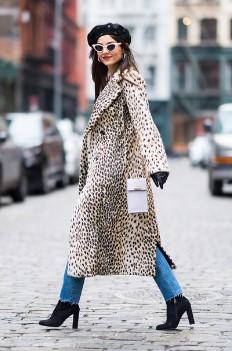 animal print λεοπαρ παλτό τάσεις 80s επιστρέψει