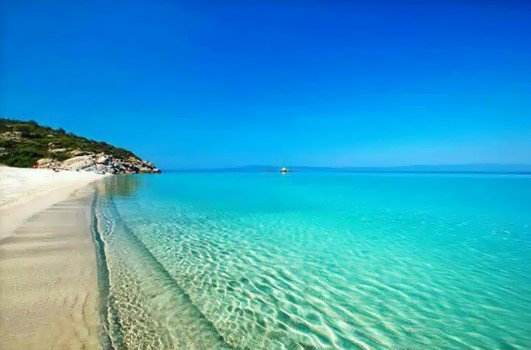 αρμενιστής παραλίες Χαλκιδκή θάλασσα γαλάζια πράσινα νερά κάμπινγκ
