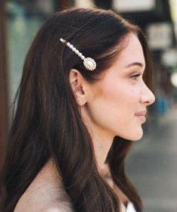 κλιπ μαλλιών μακριά μαλλιά πέρλες τσιμπιδάκια γάμος καλοκαίρι χτένισμα
