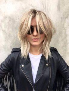 γυναικείο μοντέρνο κούρεμα για μαλλιά μεσαίου μήκους
