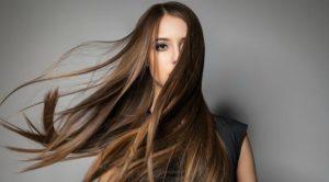 λεπτά ίσια μακριά μαλλιά