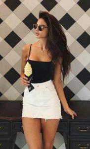 κοντή άσπρη φούστα