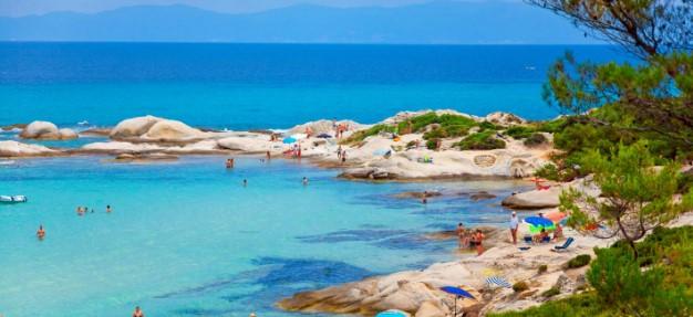 καβουρότρυπες δεύτερο πόδι παραλίες κόλποι γαλάζια νερά Χαλκιδική