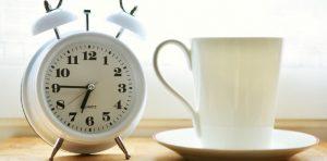 ξύπνα 15 λετπά νωρίτερα, ξυπνητήρι καφές αντιμετωπίσεις αγχωτικές καταστάσεις