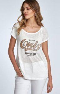 λευκή κοντομάνικη μπλούζα με στάμπα