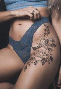 λουλούδι στο μπούτι