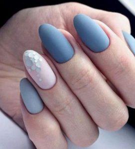 ματ γαλάζια νύχια