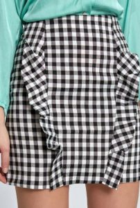 καρό mini φούστα με βολάν σχέδιο
