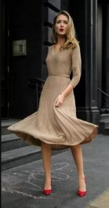 γυναικείο μπεζ φόρεμα