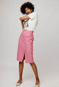 pencil φούστα ροζ μπλουζάκι t-shirt ντυθείς καλοκαίρι γραφείο