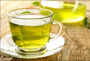 πράσινο τσάι φύλλα φλιτζάνι