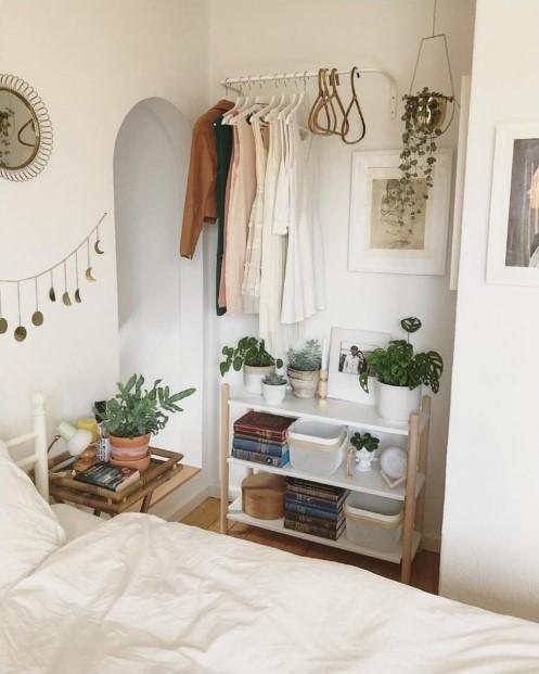 μεταλλική βέργα τοίχος αποθήκευση κρεμάστρα διακοσμήσεις μικρό υπνοδωμάτιο