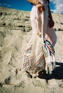 τσάντες δίχτυ άσπρη πετσέτα πολύχρωμη