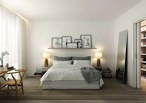 απλό υπνοδωμάτιο με λίγα έπιπλα κρεβάτι ράφι λάθη διακόσμηση υπνοδωματίου