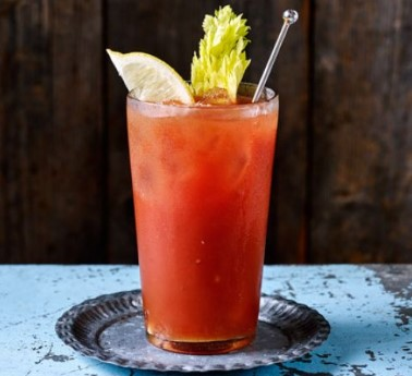 bloody mary κοκτέιλ κόκκινο χυμό τομάτας λίγες θερμίδες