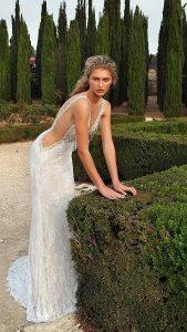 εξώπλατο νυφικό φόρεμα καλοκαίρι 2019