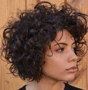 μαύρα καρέ μαλλιά