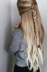 κλασσική πλεξούδα σε μισά πιασμένα μαλλιά