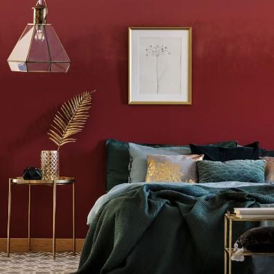 κόκκινο υπνοδωμάτιο κρεβάτι