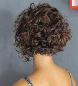 κούρεμα για κατσαρά μαλλιά