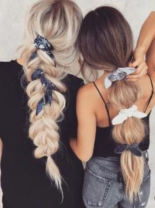 χρωματιστά λαστιχάκια μαλλιών
