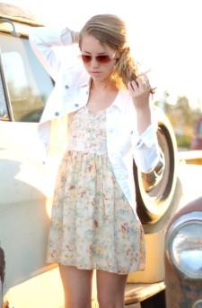 λευκό τζιν μπουφάν κοντό φόρεμα