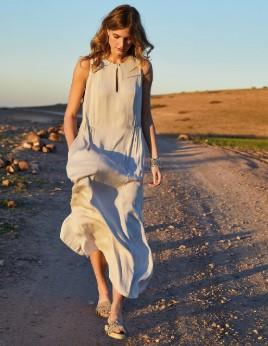 άσπρο μακρύ αέρινο φόρεμα φαρδύ