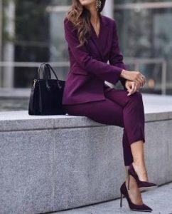 μοβ κοστούμι γυναικείο