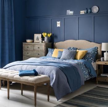 μπλε υπνοδωμάτιο κρεβάτι τοίχος