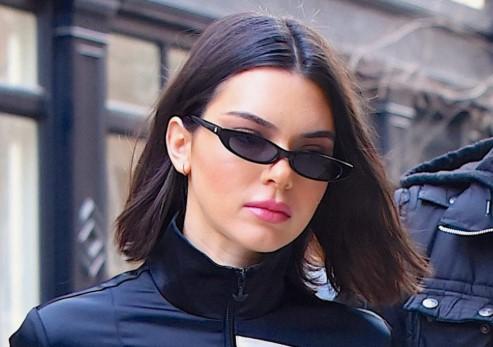 οβάλ μικρά μαύρα γυαλιά