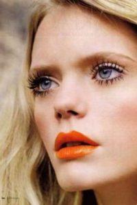 πορτοκαλί χείλη ξανθό μαλλί μακρύ σπαστό