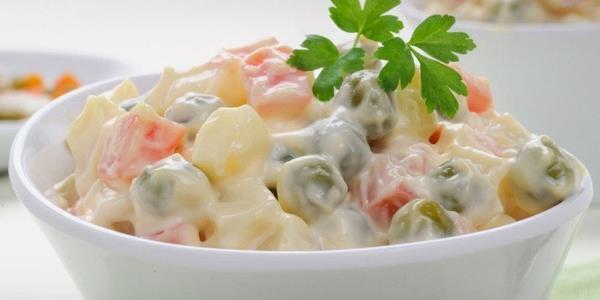 Σπιτική συνταγή για ρώσικη σαλάτα!