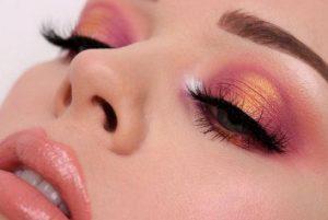 έντονες ροζ-χρυσές σκιές