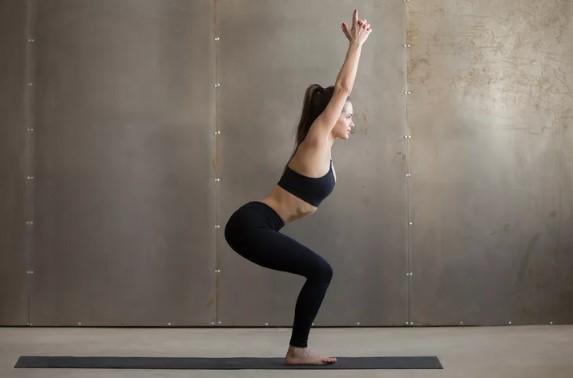 oi kaliteres askisis yoga kata tou priksimatos