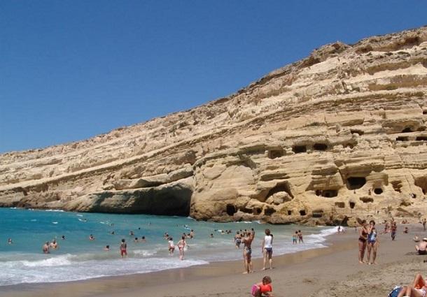 αμμώδης παραλία Μάταλα Κρήτη