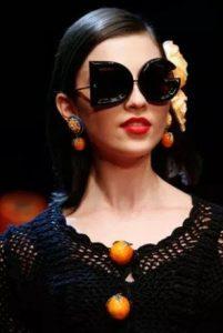 γυαλιά μεγάλα dolce gabbana αξεσουάρ Χειμώνα 2020