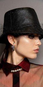 μαύρο κλος καπέλο βέλο