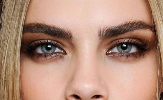 8 Tips στο μακιγιάζ για να δείχνεις νεότερη!