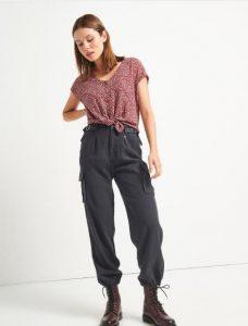 μοντέρνο γυναικείο παντελόνι